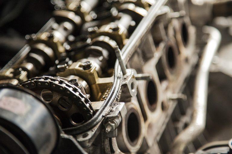 Czy warto kupować części samochodowe w sklepie online?